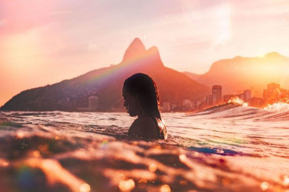 Dating Brazilian Girls in Canada